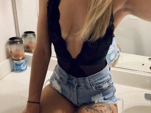 Tiffene tantra massage in White Oak